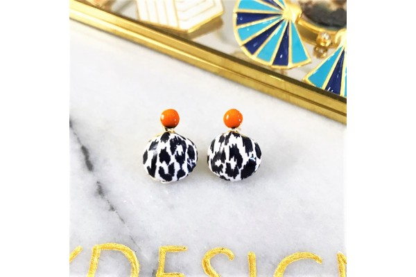White Leopard Scallop Earring - Coral