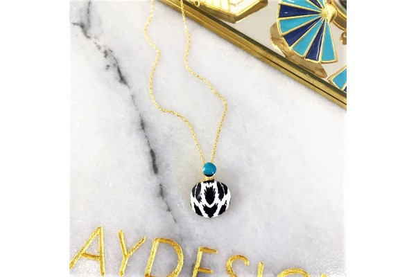 White Leopard Scallop Necklace - Turquoise