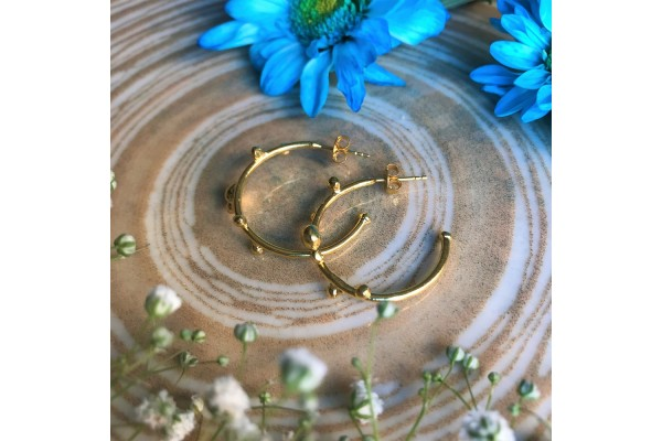 HOOP WITH BUDS EARRING - GOLD PLATED