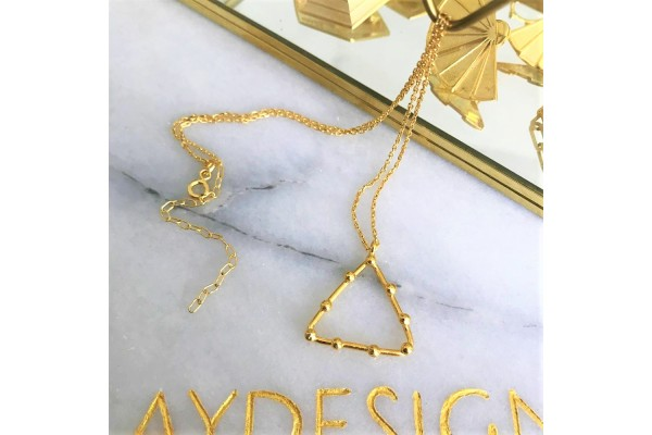 GOLD TRIANGULAR NECKLACE