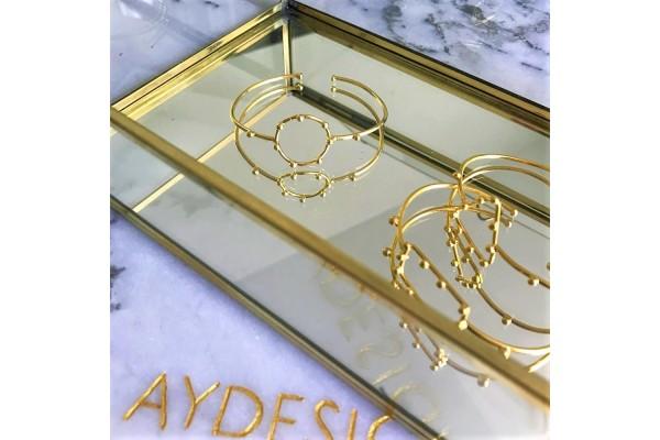 GOLD CIRCULAR BANGLE
