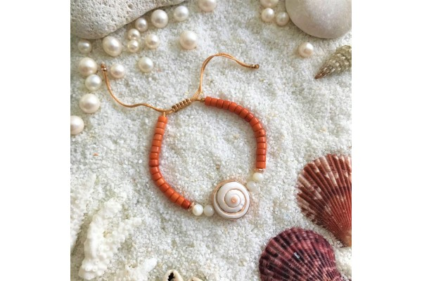 Coral and Sea Shell Bracelet