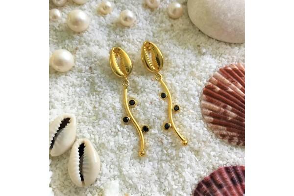 Black Wavy Cowry Earring