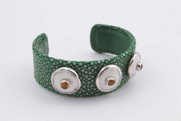 Cuff Bracelet with Green Vatos Fish Leather, Pearl, Tourmaline and Silver