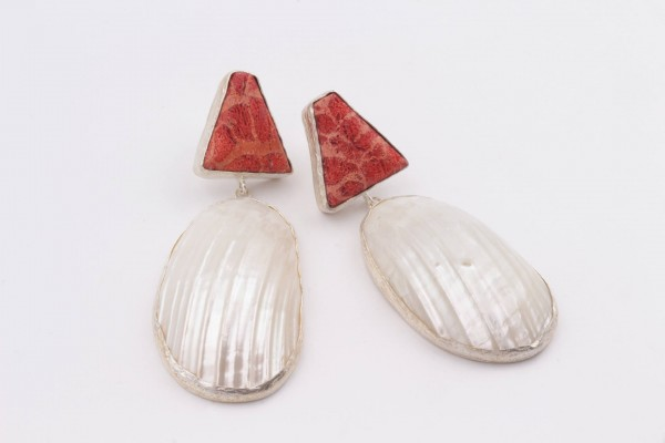 Earring with Mother Of Pearl, Sponge Coral and Silver